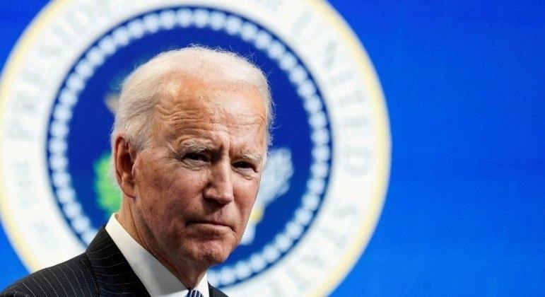 Biden tem desempenho melhor que Trump nos primeiros 100 dias - Notícias -  R7 Internacional