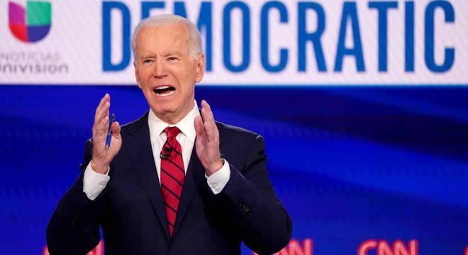 Joe Biden discursou em uma fábrica metalúrgica em Dunmore