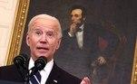 Biden diz que 'minoria' impede EUA de superarem a covid-19VEJA MAIS