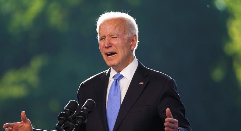 Biden pediu que a China ajude a esclarecer as origens da pandemia