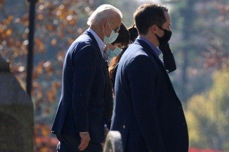 Joe Biden vai anunciar plano contra a covid-19