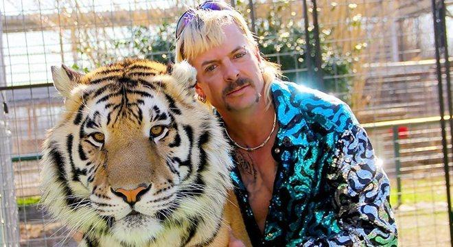 Joe Exotic é acusado de maltratar os animais
