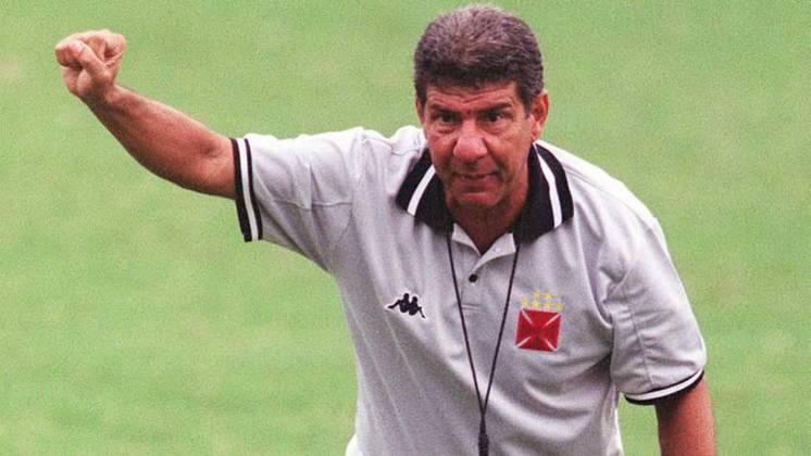 Joel Santana - Zagueiro no título brasileiro de 1974, teve três passagens como treinador vascaíno neste século.