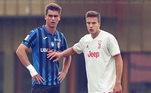 O jogador é zagueiro tem 19 anos e joga no Atalanta, da Itália