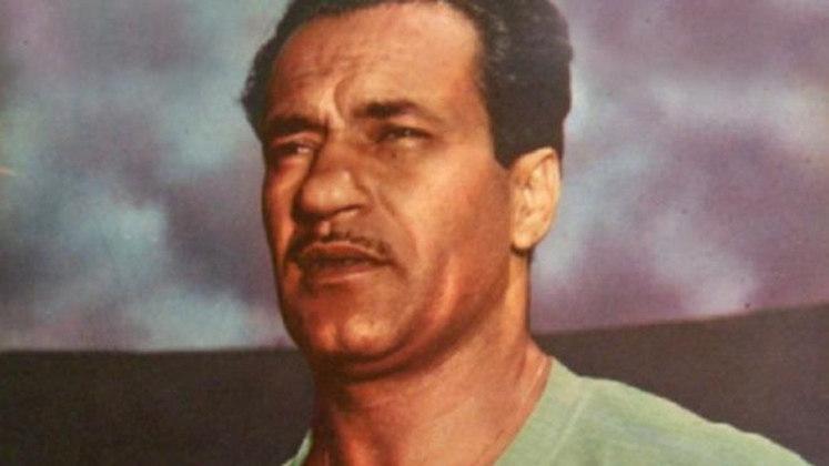 Jogador com mais gols em uma edição -  Em 1941, o atacante Sylvio Pirillo, na época jogador do Flamengo, marcou 39 vezes em 30 jogos