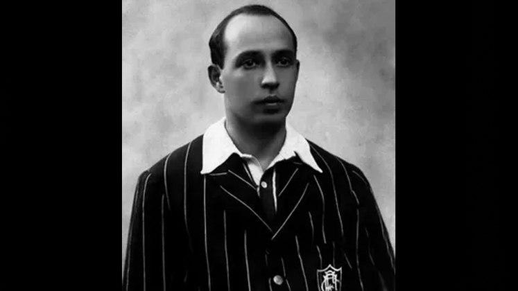 Jogador com mais títulos - Oswaldo Gomes é o jogador com mais conquistas de Cariocas. O ex-jogador do Fluminense tem oito títulos estaduais, vencendo as competições de 1906, 1907, 1908, 1909, 1911, 1917, 1918 e 1919