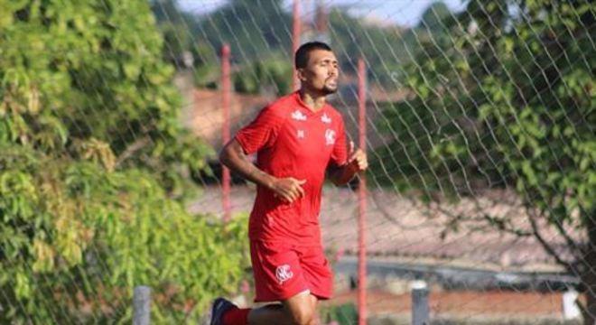 Jogador possui chance remota de, ao menos, ficar no banco de reservas para o confronto pela segunda fase da Copa do Brasil