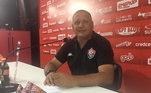 O zagueiro Agnaldo trabalhou nas categorias de base do Vitória em 2020