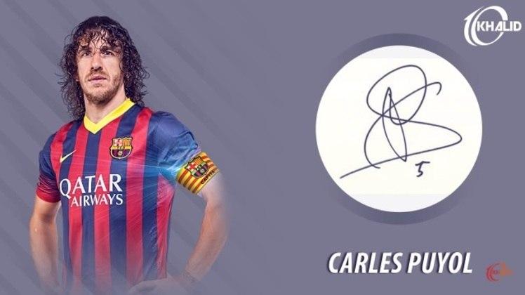 Jogadores e seus respectivos autógrafos: Carles Puyol