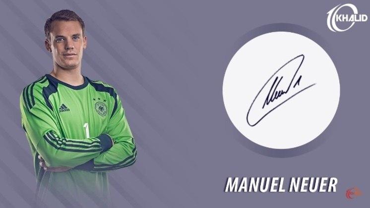 Jogadores e seus respectivos autógrafos: Manuel Neuer