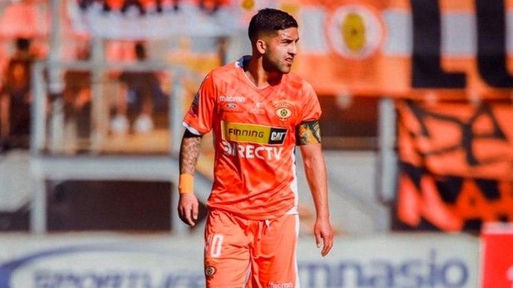 Ignacio Jara - Goiás - 23 anos - meia - chileno