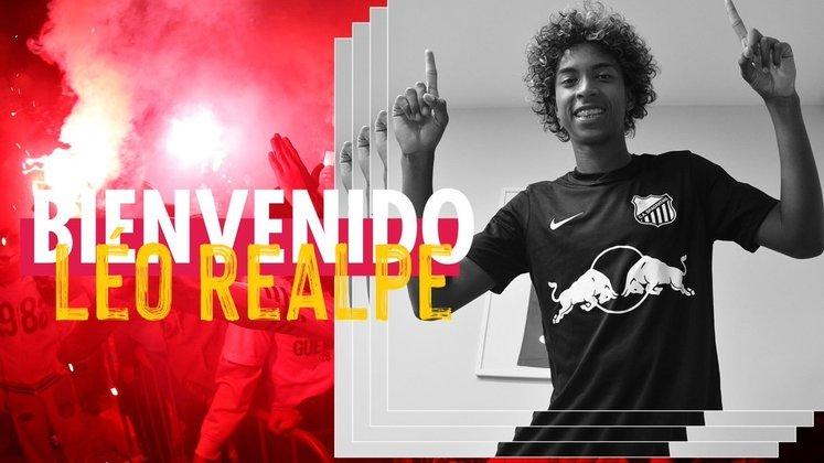 Léo Realpe - Red Bull Bragantino - 19 anos - zagueiro - equatoriano