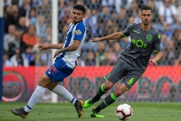 undefinedAndré Pinto (2,4 milhões de euros): Portugal, zagueiro, 30 anos, último clube foi o Al-Fateh