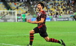 12º – Rodrigo Caio - Rubro-Negro - 2,4 milhões de seguidores