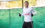 Rony Lopes nasceu em Belém, no Pará, mas mudou-se muito cedo para a Europa e, por isso e também pela mãe ser portuguesa, tem dupla cidadania. Defende a seleção principal de Portugal desde 2017