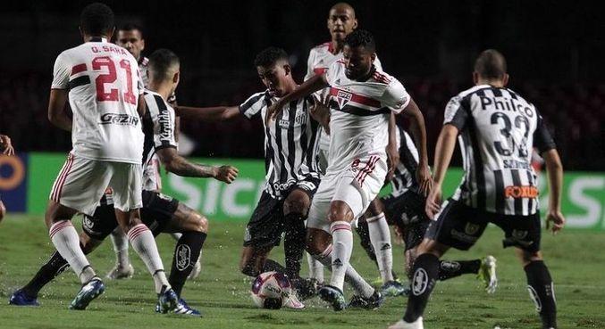 São Paulo e o Santos se enfrentam nesta quinta, pela 24ª rodada do Brasileirão