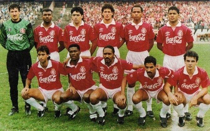 Jogo de ida da final de 1992: Fluminense 2 x 1 Internacional - Na volta, o Internacional venceu por 1 a 0 e foi campeão graças ao gol marcado fora de casa.