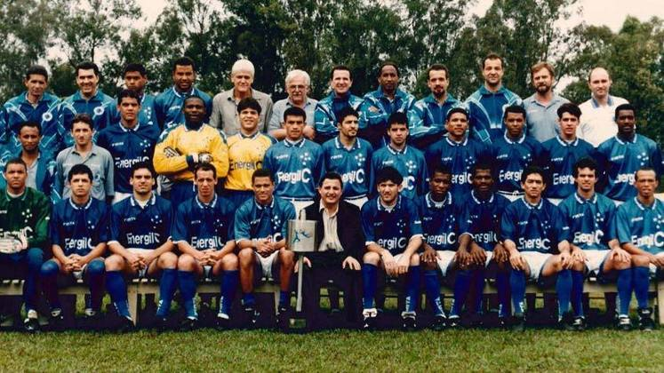 Jogo de ida da final de 1996: Cruzeiro 1 x 1 Palmeiras - Na volta, o Cruzeiro venceu por 2 a 1 e foi campeão.