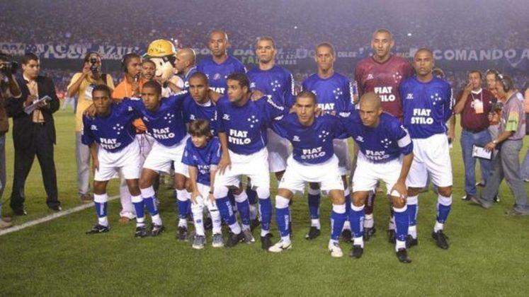 Jogo de ida da final de 2003: Flamengo 1 x 1 Cruzeiro - Na volta, o Cruzeiro venceu por 3 a 1 e foi campeão.