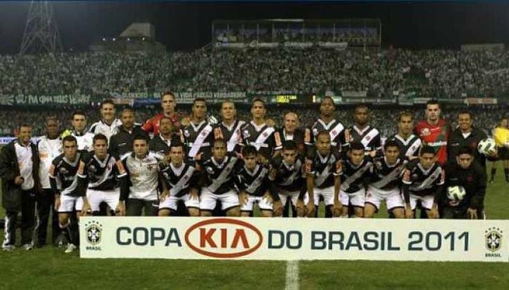 Jogo de ida da final de 2011: Vasco da Gama 1 x 0 Coritiba - Na volta, o Coritiba venceu por 3 a 2, mas o Vasco foi campeão.
