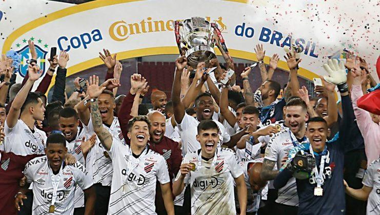 Jogo de ida da final de 2019: Athletico-PR 1 x 0 Internacional - Na volta, o Athletico-PR venceu por 2 a 1 e foi campeão.