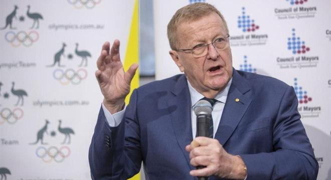 John  Coates disse não ser possível adiar mais a competição esportiva