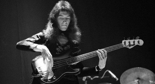 John Deacon se juntou ao Queen como baixista em 1971