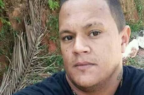 John foi picado por escorpião em calçada de São Paulo