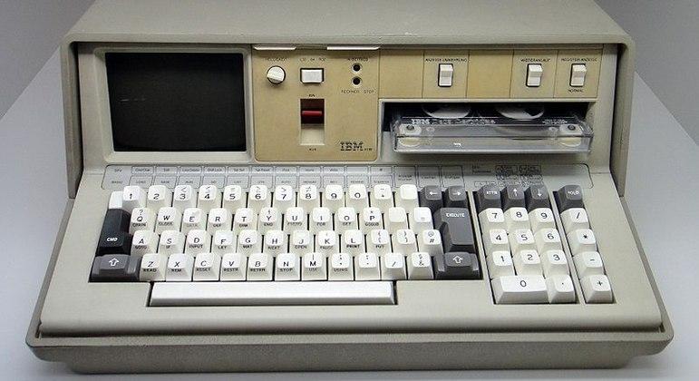 Um IBM 5100: a salvação do planeta, segundo John Titor