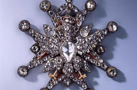 Mecenas quer recuperar todas as joias intactas