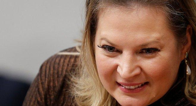 Líder do governo no Congresso, Joice Hasselmann reconheceu demora para aprovar MP que atualizaria o marco legal do saneamento básico
