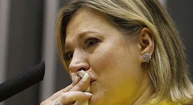 Ex-líder do governo no Congresso, Joice Hasselmann, foi à CPI das Fake News