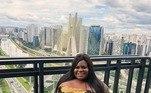 Aos 24 anos, a cantora Jojo Toddynho já realizou ao menos cinco intervenções estéticas.A vencedora da última edição de A Fazenda já fez lipoescultura ao menos duas vezes para retirar gordura das costas e realocar em seu bumbum. Além disso, ela também tirou gordura dos seios e colocou silicone