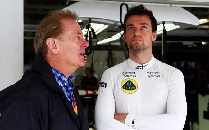 Jonathan Palmer teve carreira na Fórmula 1 na década de 1980. O filho Jolyon, campeão da GP2 em 2014, teve oportunidades no grid entre 2016 e 2017