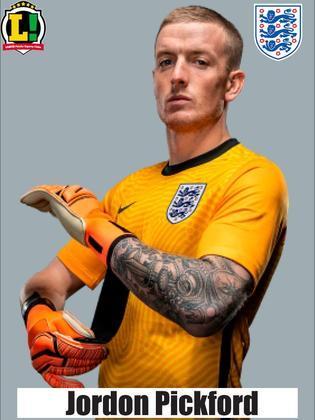 Jordon Pickford – 6,5 – Foi bem quando acionado pelo ataque italiano. Não teve culpa no gol sofrido.