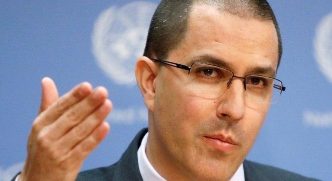 Ministro de Relações Exteriores, Jorge Arreaza, disse que consulado foi saqueado