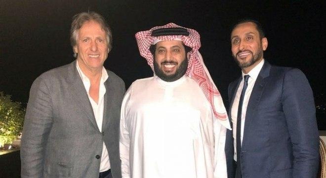 Jorge Jesus na Arábia Saudita. Criticando os futuros colegas brasileiros
