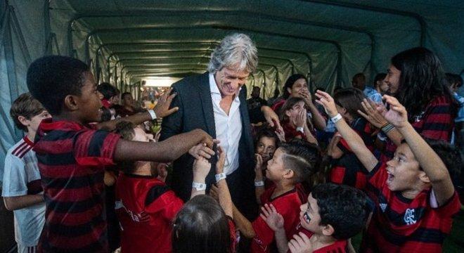Jorge Jesus era endeusado no Flamengo. Tinha o clube e a torcida nas mãos