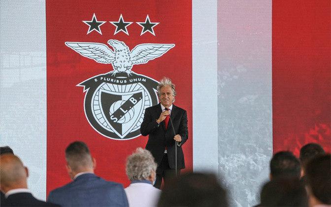 Jorge Jesus é a grande novidade fora de campo. O treinador volta ao Benfica após brilhar no Flamengo. Mas os jogadores são mesmo as estrelas