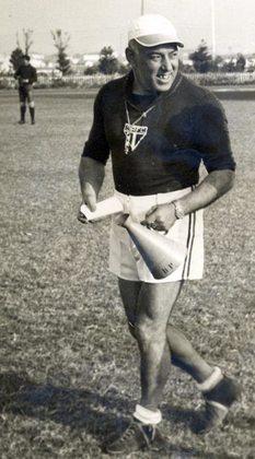 Jorge Joreca -O português foi tricampeão paulista pelo São Paulo na década de 1940.