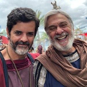 """Jorge Pontual e Zé Carlos Machado nos bastidores de """"Gênesis"""""""