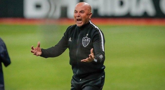 Jorge Sampaoli deseja voltar para a Europa. Este é o medo do Atlético Mineiro