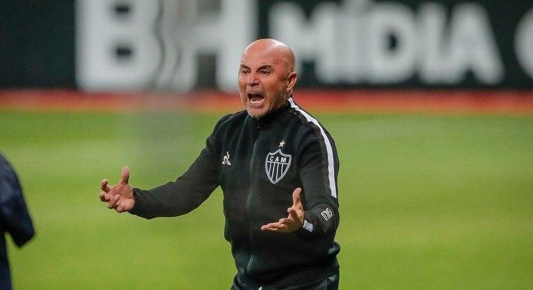 Jorge Sampaoli insistiu com os mecenas do Atlético. Quer Nacho Fernández