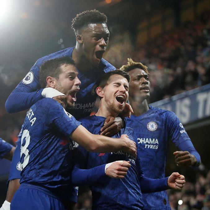 Jorginho, campeão europeu com Chelsea e Itália, é eleito melhor jogador do ano