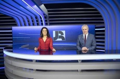 Adriana Araújo e Celso Freitas comandam o JR