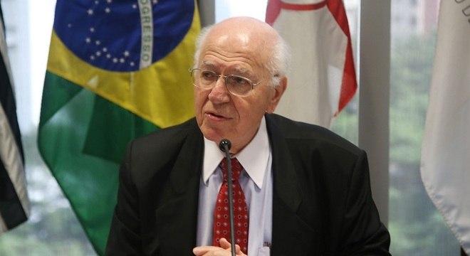 José Pastore, especialista em relações do trabalho