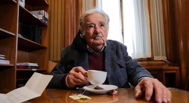 Pepe Mujica encerrou sua carreira política por conta da pandemia