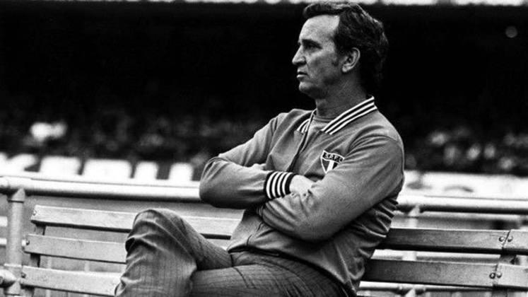 JOSÉ POY - Entre os feitos desse argentino, dois vice-campeonatos brasileiros, em 1971 e 1973. Sempre pelo São Paulo, ficou em segundo também na Libertadores, em 1974. No entanto, ganhou título sim: Paulista de 1975.