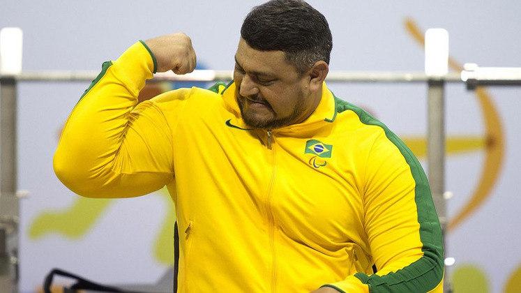 Joseano Felipe - O halterofilista Joseano Felipe, ouro na categoria até 107 kg nos Jogos Parapan-Americanos de Toronto, morreu no dia 27 de janeiro de 2016, após sofrer um infarto em sua casa.