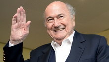 Lutando contra covid, Blatter ficou em coma induzido após cirurgia